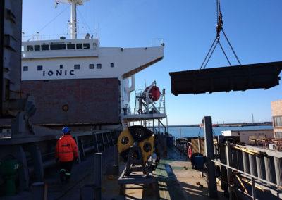 cargo-loading---Manganese-32